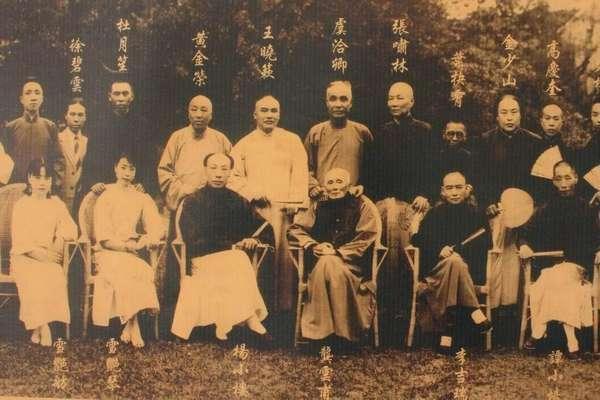 淞沪之战后,为何只有黄金荣不逃跑也不投靠日本?只能说老奸巨猾